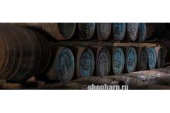 Выдержка алкоголя в дубовой бочке